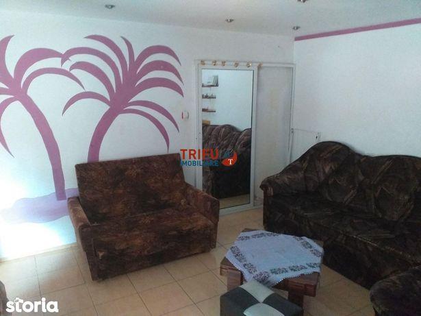 Apartament 3 camere, decomandat, Cetate