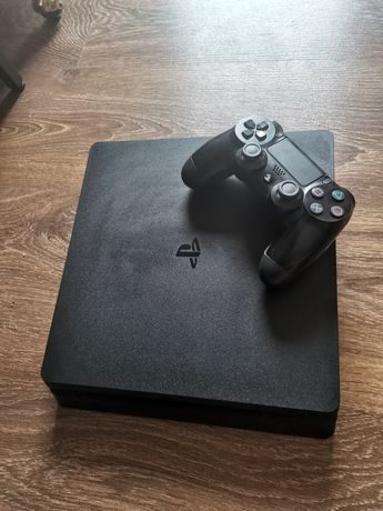PlayStation 4 slim 500gb (PS4) + Fifa21 & Nba2k21 inclus