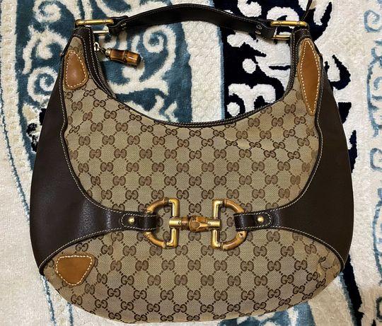 Gucci Коричневая кожаная сумка через плечо Horsebit Hobo Amalfi Bamboo