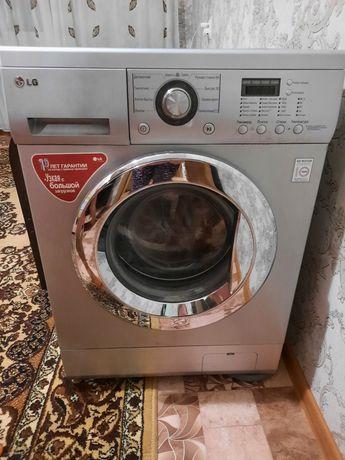 Продам стиральную машинку-25.000