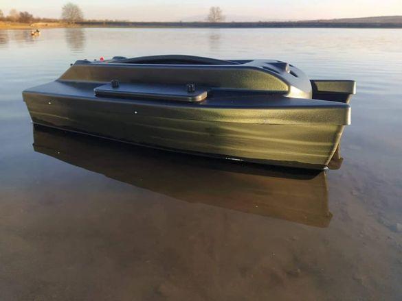 КОРПУСИ за лодки за захранка катамарани 2 модела