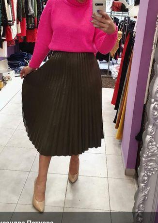 Намалена само днес  !!!Нова уникална кожена пола