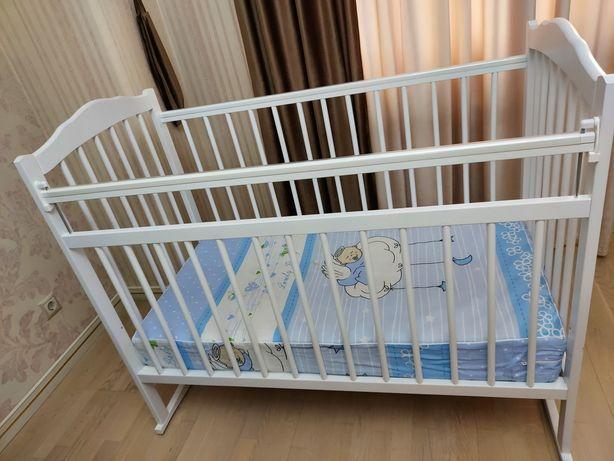 Детская кровать (манеж) с матрасом
