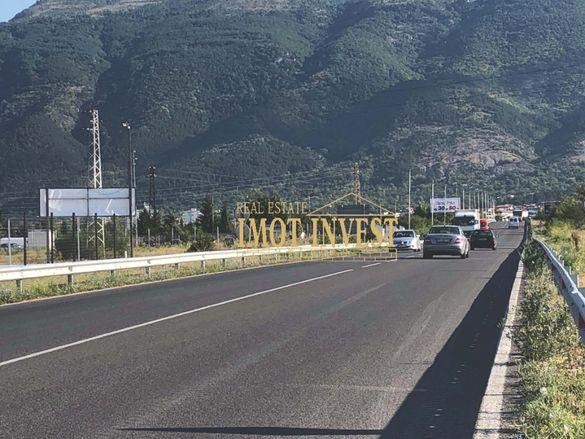 ИМОТ 3 дка, изхода за Пловдив, с лице, град Карлово