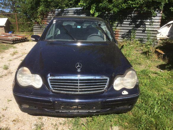 Mercedes C200CDI W203 116к.с. на части