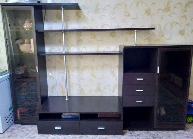 Продам шкаф для гостиной комнаты