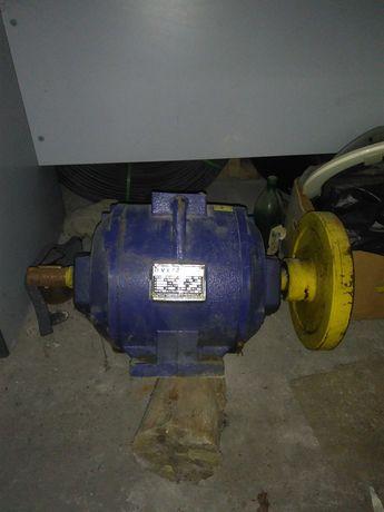 Асансьорен електромотор