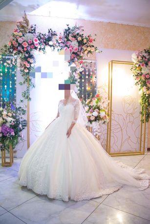 Свадебное платья срочно продам!