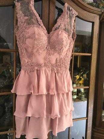 Superba rochie evenimente,broderie naturala,culoare nude,impact vizual