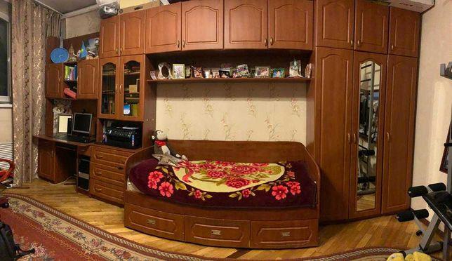 Срочно продаю детско- подростковую мебель