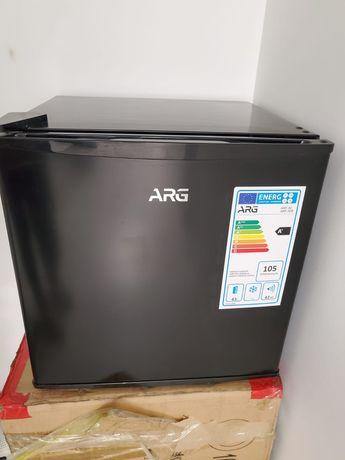Копмакнтый мини-холодельник ARG ARF-50B