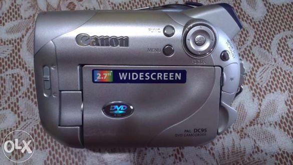 продавам видеокамера Canon