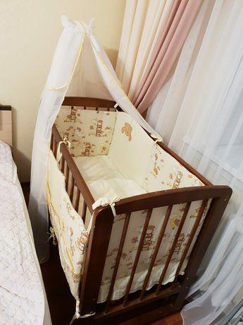 Кровать, детская кроватка, качающаяся, без ящиков снизу, натур.дерево