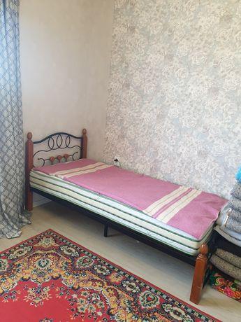 Продам кровать односпальная' в отличном состоянии