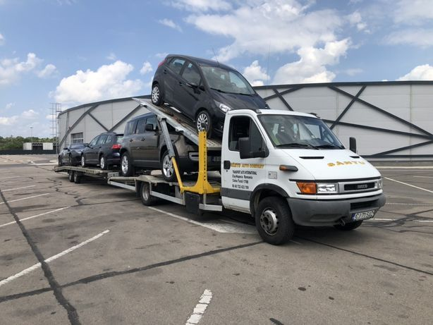 Iveco transportor auto/ platforma auto