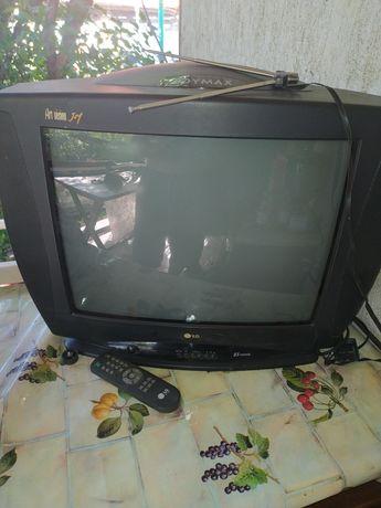 Телевизор LG, 52 диагональ
