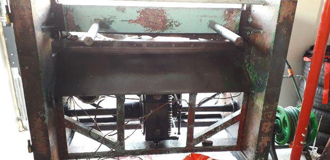 Ghilotina mecanica pentru taiat tabla