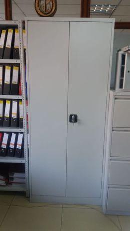Металлические шкафы, сумочницы,верстаки