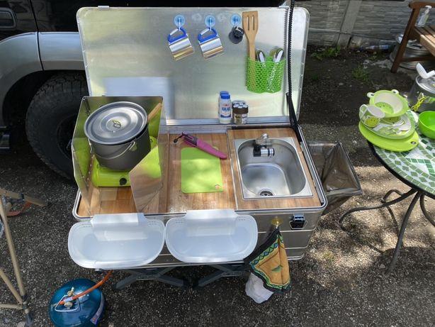 Bucatarie mobila de camping