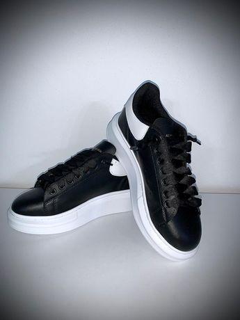 Sneakers • ALEXANDER McQueen• Toate mărimile disponibile , calitate su