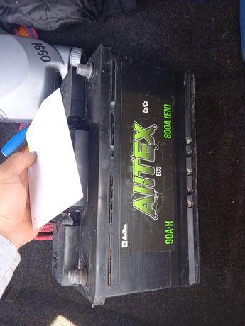 Продам аккумулятор на 90 покупался 28 декабря в авто люксе есть горант