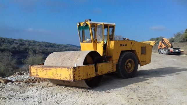 Inchiriere cilindru compactor 16 tone / inchiriere utilaje constructii