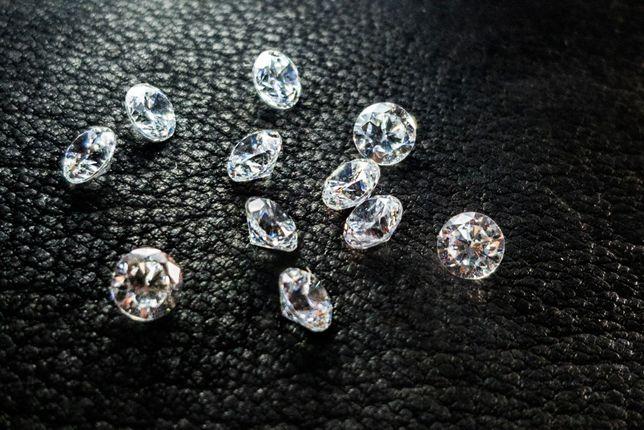Zirconiu, piatra pentru bijuterii