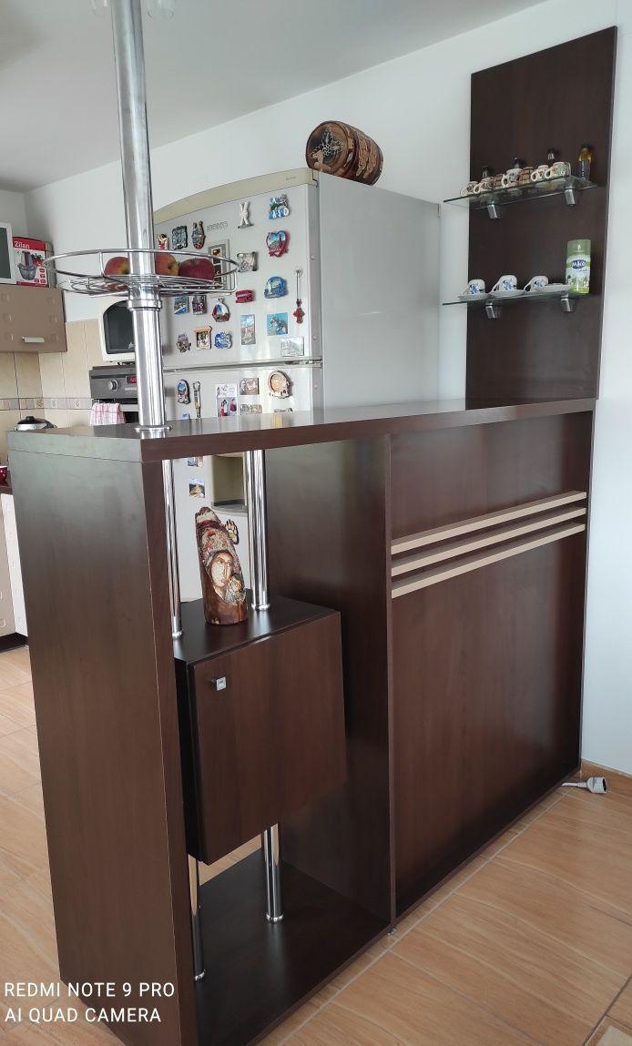 Minibar pentru bucatarie