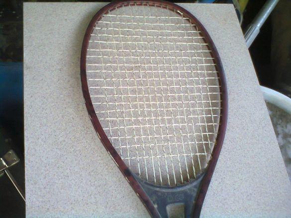 хилка за тенис на корт