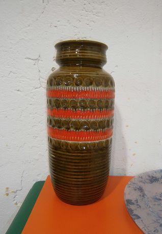 Vas ceramic vechi  (Vas lut/Vaza/Decoratiuni)