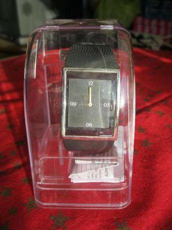 Нов електронен часовник