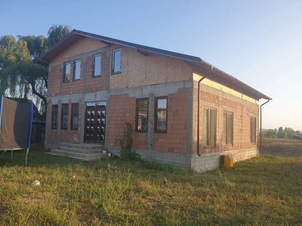 Vand casa noua in Ploiestiori