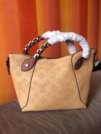 Дамски чанти Louis Vuitton