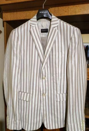 Мъжки костюм Pier Lucci 48-50 р-р,3 части.Подарък-вратовръзка към него