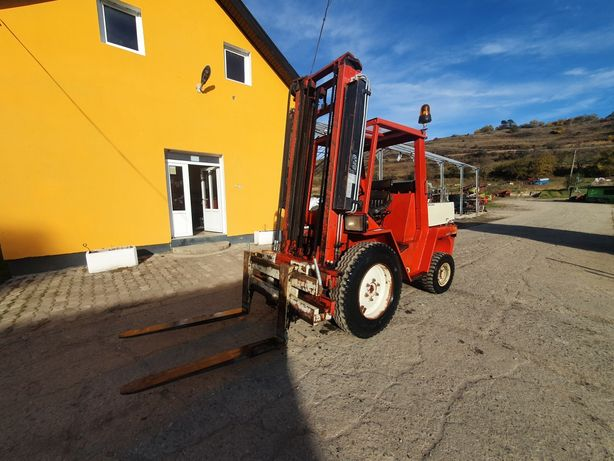 Stivuitor Manitou MCE30NS