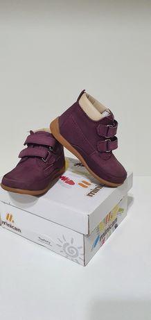Детская обувь MINICAN