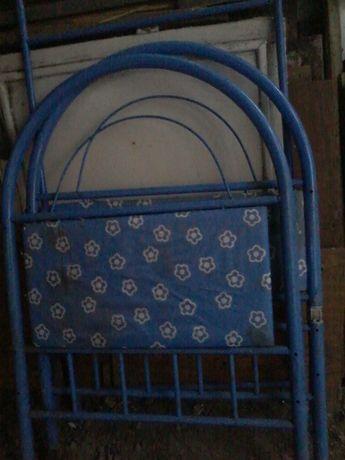 Кроватка детская металлическая (до 3х лет)