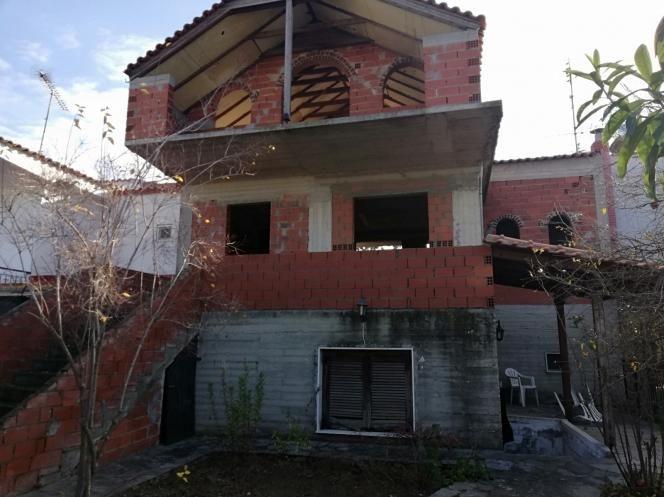 Самостоятелна къща в Паралия Офринио, Гърция