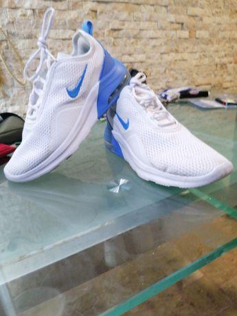 Adidași Nike noi 40