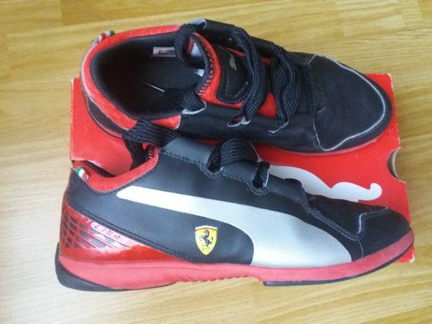 Vand adidasi Puma Ferrari