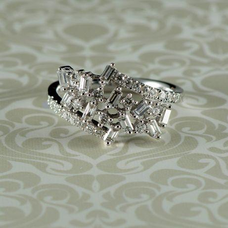 Inel cu diamante, aur alb 18k, 4,09 grame (cod 8250)