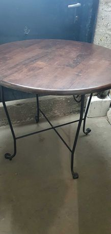 Маса и столове ковано желязо