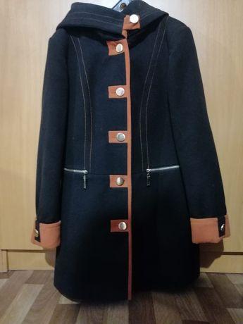 Женское пальто, осень-весна