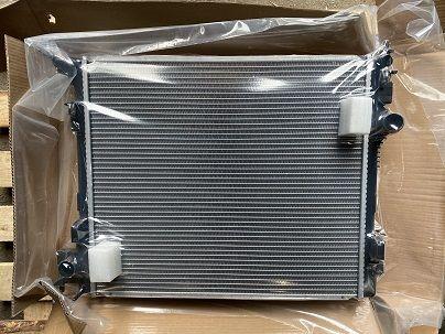 Радиатор охлаждения Nissan Qashqai II (13-)