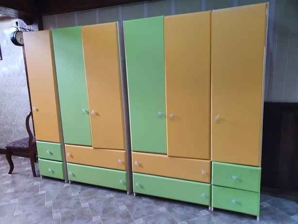 Продаются детские шкафы для одежды