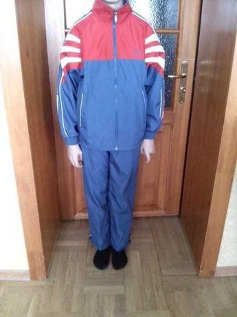 Новый спортивный болоневый костюм