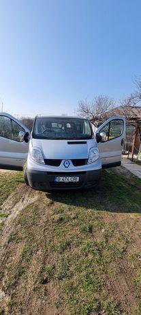 Vând Renault trafic