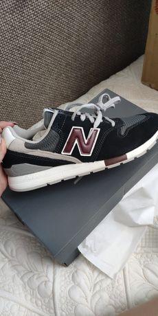 Новые кроссовки new balance.