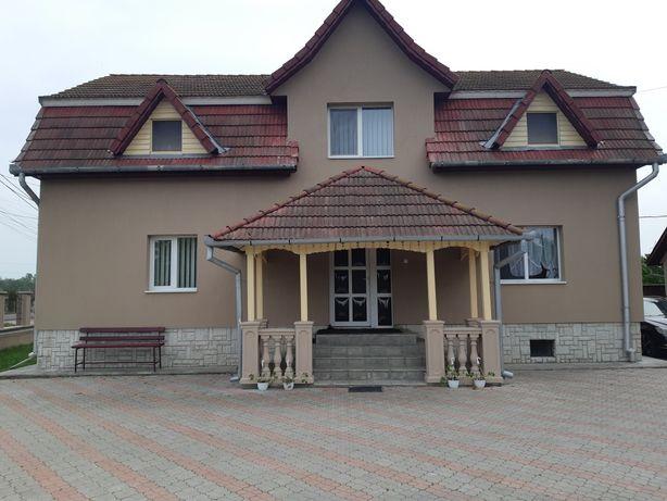 Vând 2 case în Mihai Viteazu