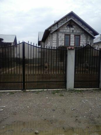 casa de vanzare 12 km Targoviste